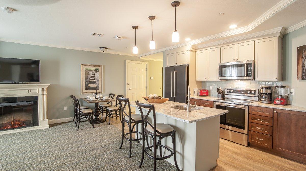 riverwalk_resort_studio_kitchen.jpg