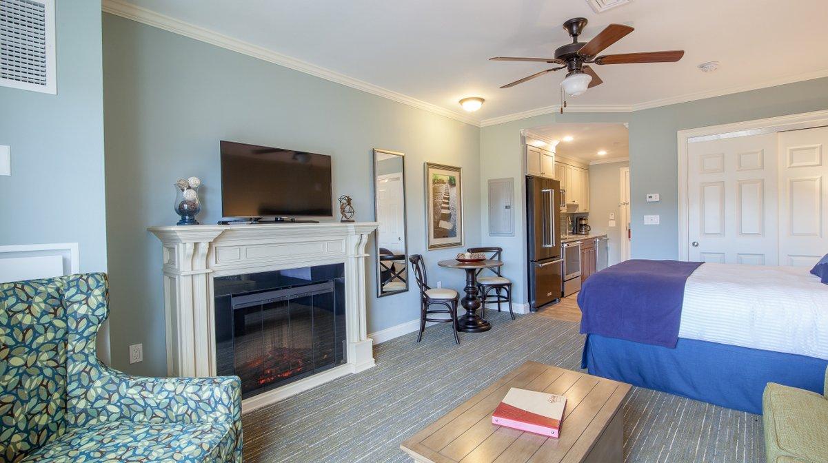 RiverWalk Resort Studio Living Area